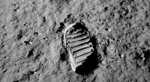 Em 20 de julho de 1969 Neil Armstrong tornou-se o primeiro homem a pisar na Lua