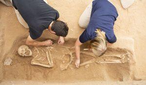 Escavações no cemitério filisteu de Ascalon