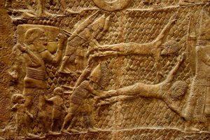 Prisioneiros judaítas sendo esfolados pelos assírios em Laquis em 701 a. C.