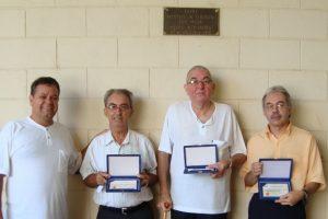 Nilton - Diretor do CEARP - e os três homenageados: Alfeu, Chico e eu